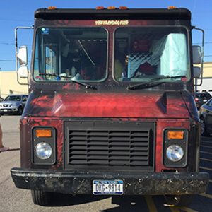 flaming-fish-food-truck-21